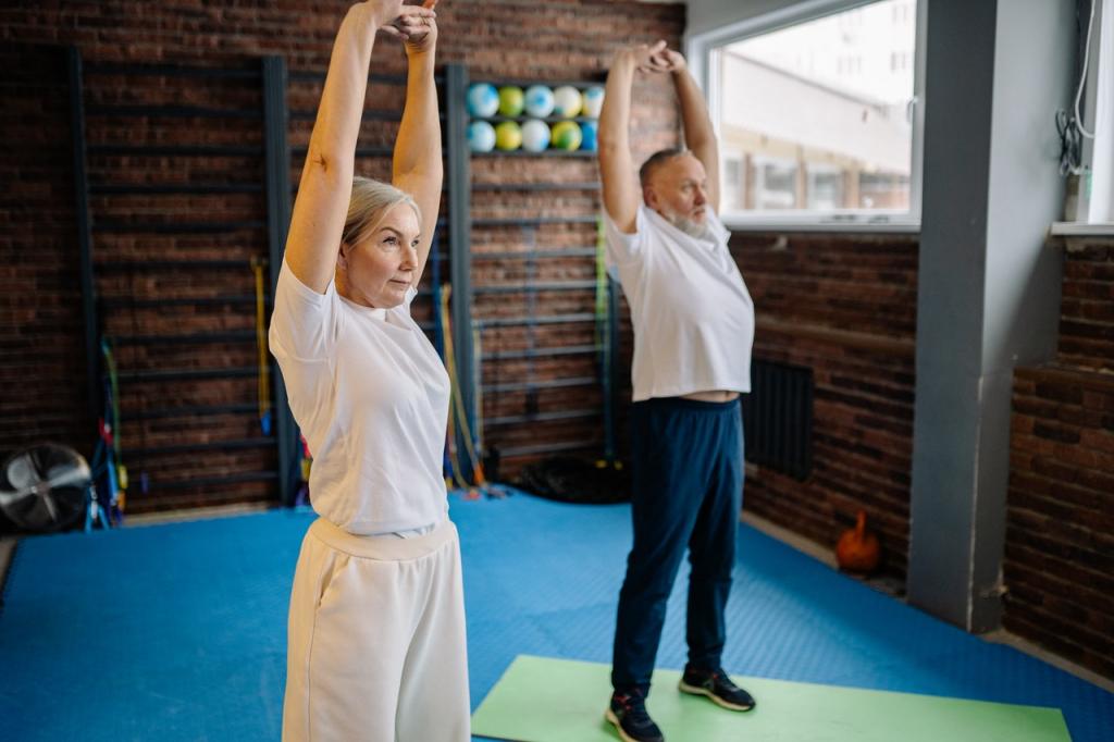 elder couple in gym